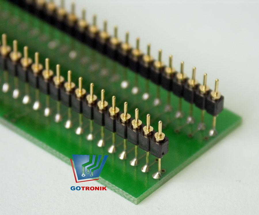 W adapterze zastosowane precyzyjne piny które nie niszczą podstawki ZIF w programatorze.